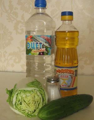Ингредиенты для приготовления салата из капусты и огурца