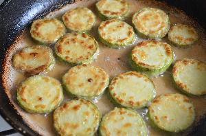 как приготовить закуску из кабачков с помидорами