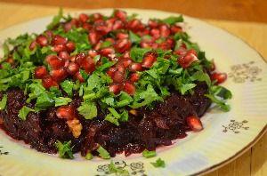 Рецепт приготовления салата из свеклы с орехами и гранатом