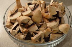 Рецепт приготовления мяса с шампиньонами в сметане