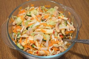 Рецепт приготовления салата из пекинской капусты