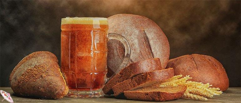 Domashnij kvas iz rzhanogo hleba