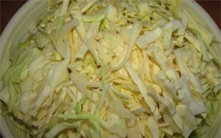 Рецепт приготовления борща с заправкой из сала с луком