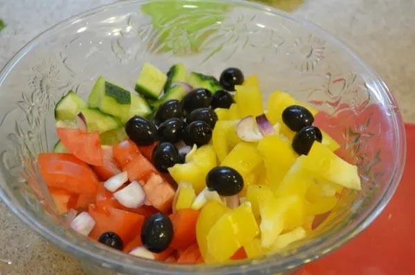 Ингредиенты для приготовления греческого салата