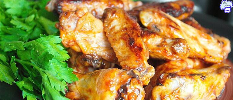 Куриные крылышки в сметане в духовке