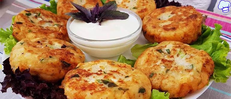 Картофельные биточки с луком и сыром