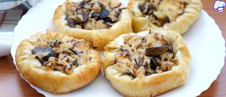 Ватрушки с грибами и сыром
